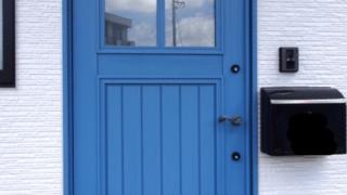 お洒落な玄関ドア