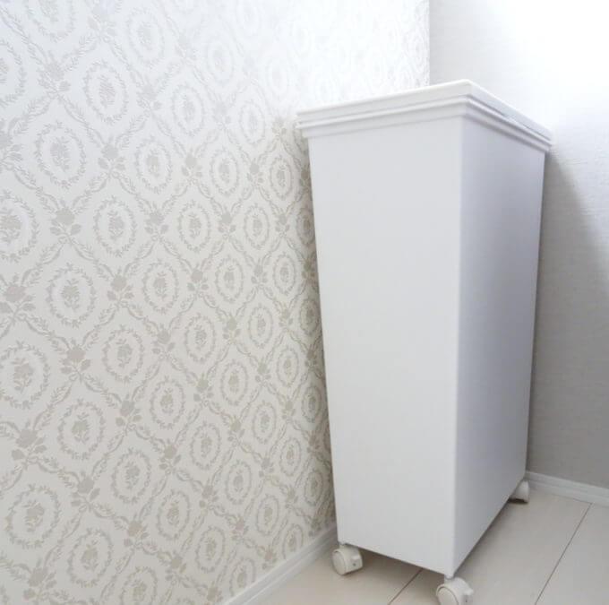真っ白なゴミ箱